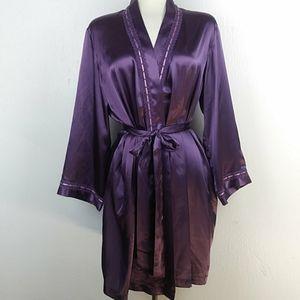 NEW Morgan Taylor Purple Satin Robe